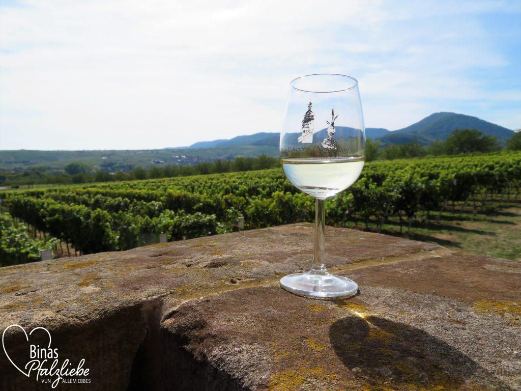 Wandern mit Wein, Worscht, Gesang und Weitblick - Kulinarische Weinbergswanderung in Siebeldingen