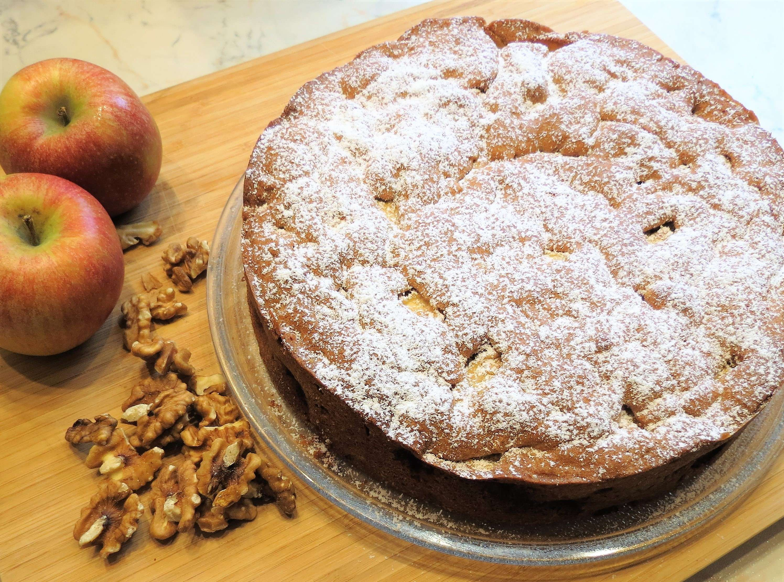 Apfel-Walnuss-Kuchen (1).JPG