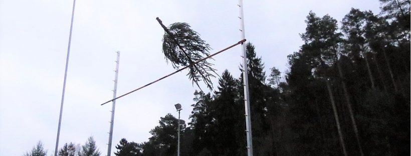 Wenn (Weihnachts-) Bäume fliegen lernen - Knutfest in Weidenthal